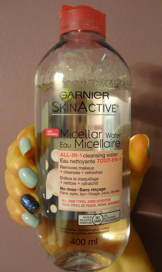 Books-and-Brands-ChickAdvisor-review-Garnier-SkinActive-Micellar-Water-All-In-1-Cleansing-Water